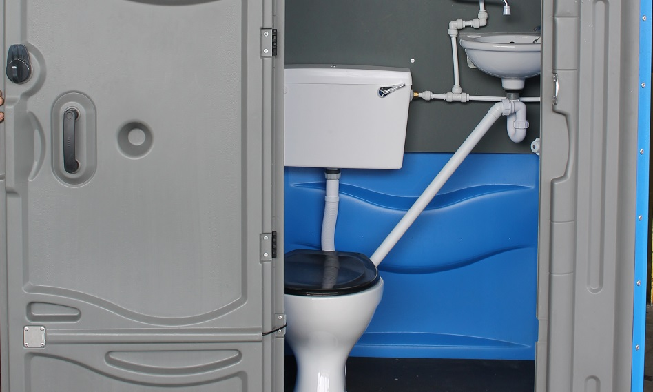 Mains Connect Toilet